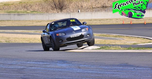 Supersprint round 5 2017 at SMP-south - photo by Grass Roots Photos